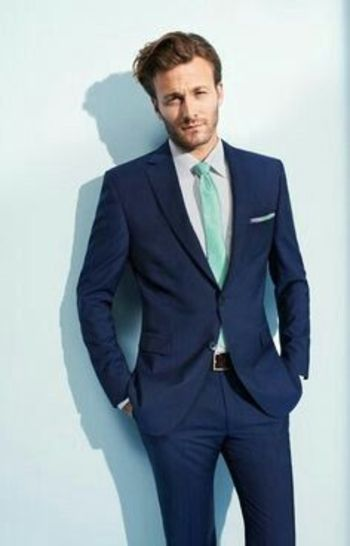 navy 3 piece suit and green tie