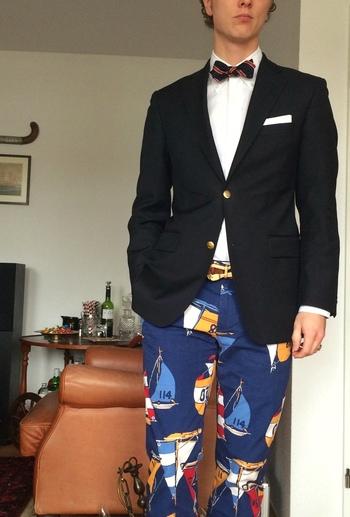 Happy Preppy - I need these pants!!