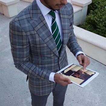 "Teaching Men's Fashion on Instagram: ""We have an App! It's updated daily with articles & videos for the everyday gentleman. Best part is it's free. Click the link in the bio for…"""