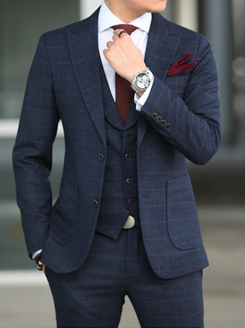 Our slim fit suits & blazers give you the sophisticated & dapper look.