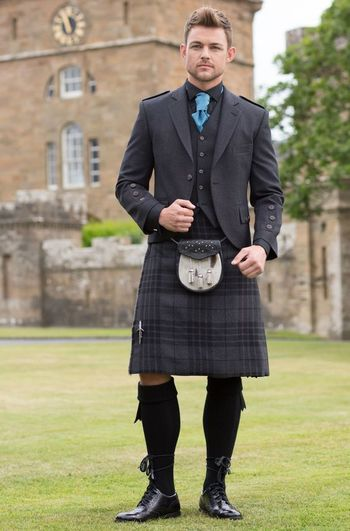 Kilt in Grey Spirit tartan with Grey