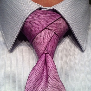How to Tie an Eldredge Necktie Knot