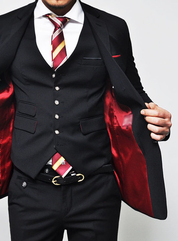 Suits are on sale!!! :: Euro Extra