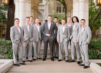 Light grey groomsmen, dark grey groom. LOVE <3