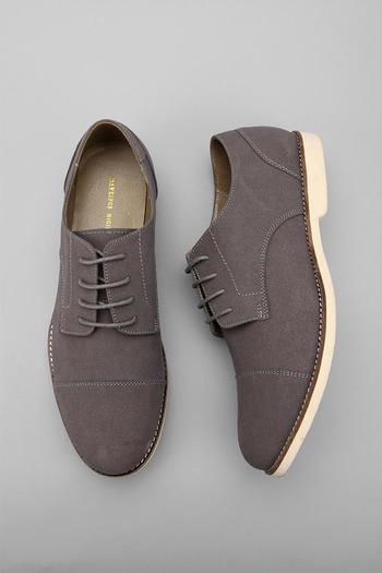 Hawkings Mcgill Cap Toe Buck Shoe - Urban Outfitters