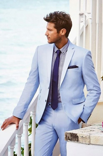 10 Amazing Suits for this Summer Season