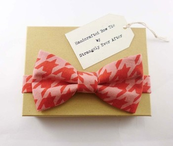 Dashing Ties and Bow Ties in Popular Patterns