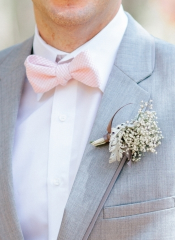 Adorable seersucker bowtie | Photo by: Pasha Belman on Southern Weddings