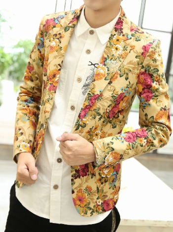 *Fashionable Beige Floral Print Blazer of High Quality And Style