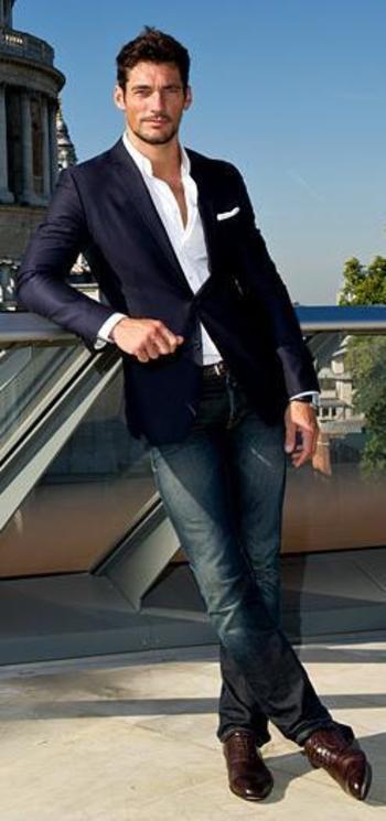 fitted navy blazer. white oxford. jeans. black