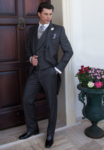 Monochrome gray Morning Suit in fil a fil fine-polyester (mixed) fabric. Black/White houndstooth patt