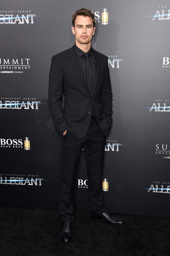 Theo James Photos: 'Allegiant' New York Premiere - Inside Arrivals