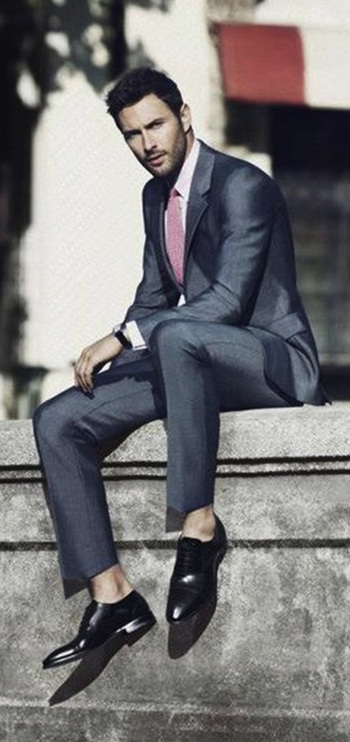 NOAH MILLS menswear business style - http://www.zeusfactor.com