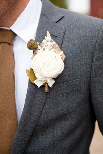 Nice color for suit and tie. — Weddings