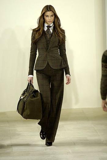 Men's suiting & tie - love wearing