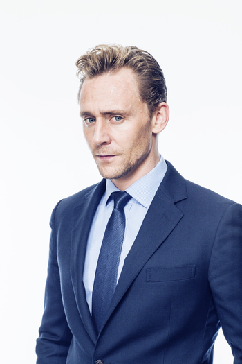 Tom Hiddleston. Photographed by Rob Greig for Time Out. Via Torrilla.