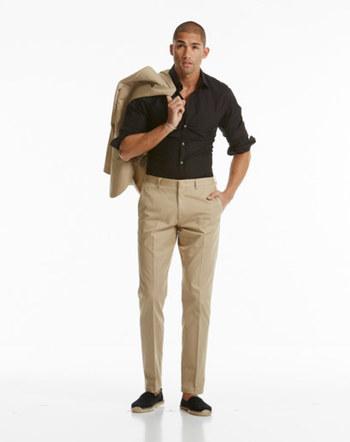 How to Wear a Khaki Suit